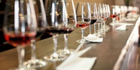 events_wine_glasses